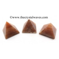 Peach Moonstone 23 - 28 mm pyramid